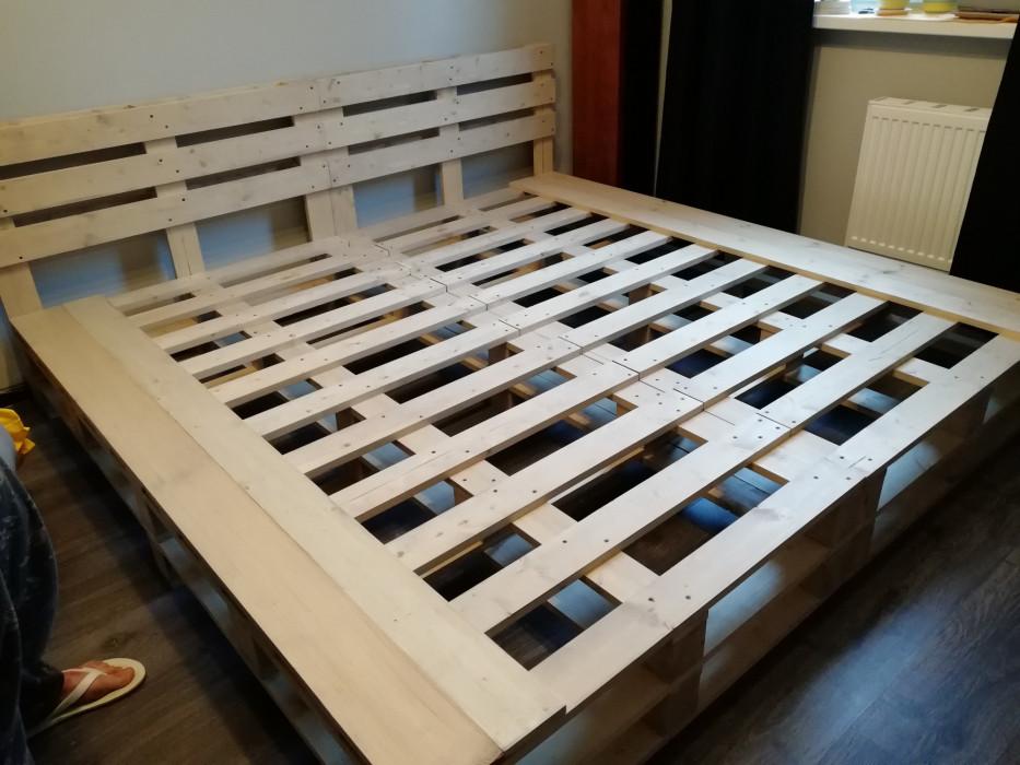 Кровать стиле паллет