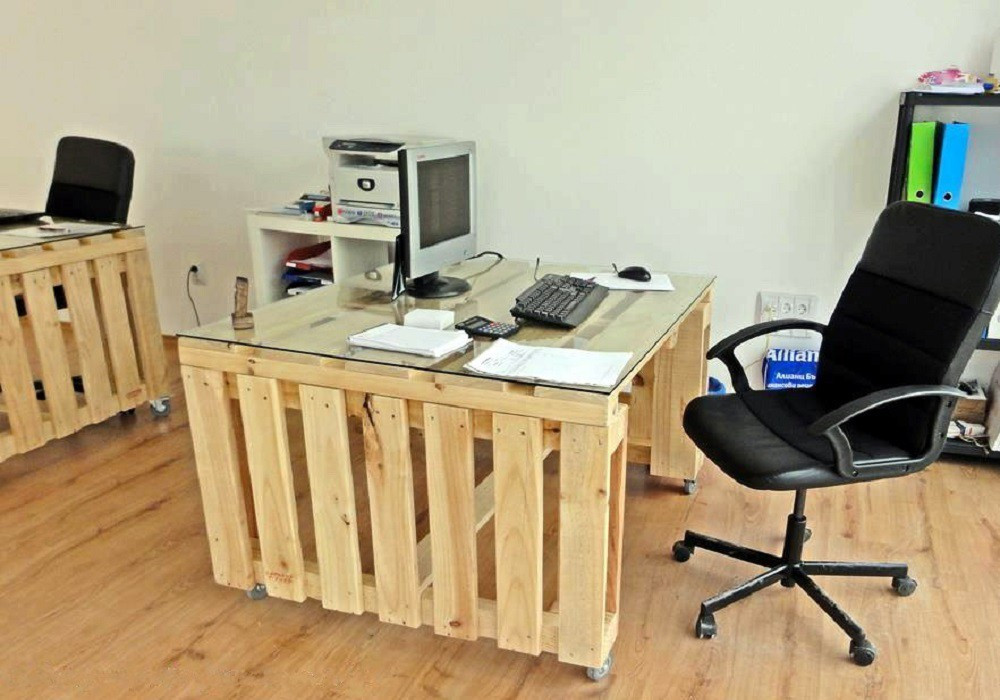 Мебель для офиса из поддонов Итор