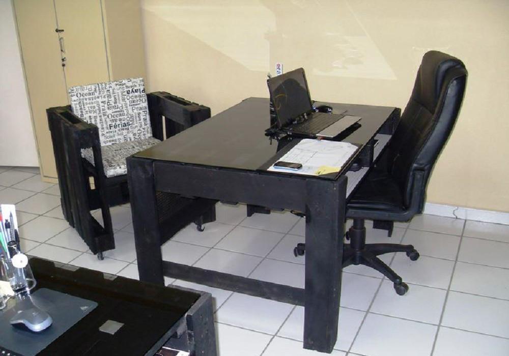 Комплект Стол из поддонов и Кресло из поддонов  Тринкуло